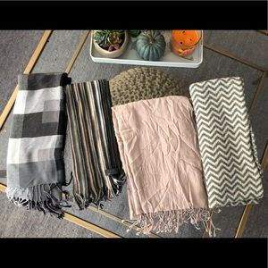 (4) winter scarves